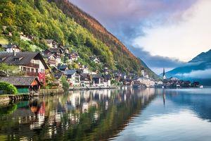 10 Kota di Eropa yang Mulai Digandrungi Turis Asia