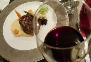 Menangkap Keunikan Wine Vina Ventisquero Dalam Paduan Hidangan Barat