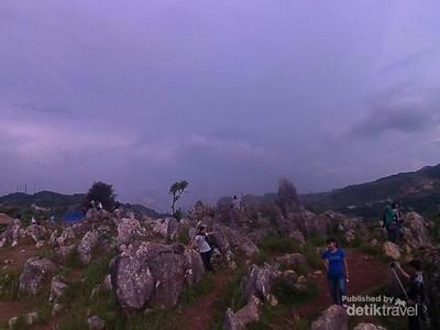 Yang Menarik di Bandung, Gua Pawon dan Stone Garden