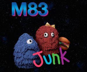 Junk M83: Kunjungan Manis ke Antariksa