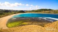 Bentangan pantai di Lombok