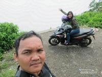 Me  My Partner in Trip