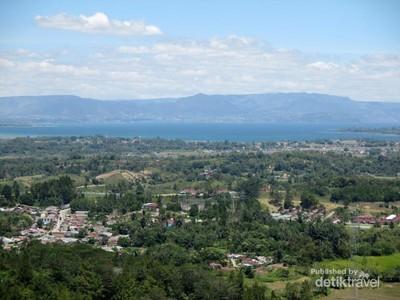 Panorama Cantik dari Bukit Sigura-gura di Sumatera Utara