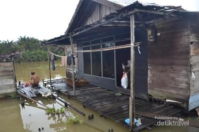 Menilik Keseharian Masyarakat Pinggir Sungai di Kabupaten Banjar