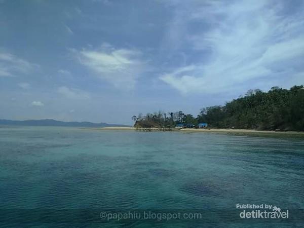 Kejernihan air di sekitar Pulau Pasoso