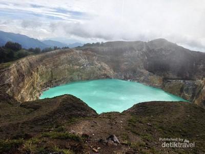 Danau Tiga Warna Kelimutu, Keajaiban Indonesia dari Flores