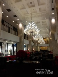Salah satu lobby hotel di Shanghai Bund