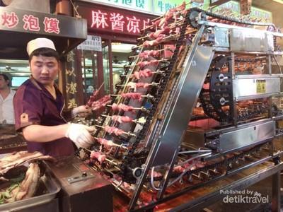 Kreatif! Mesin Pembuat Sate di China