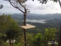 Tempat memandangi panorama alam dari ketinggian