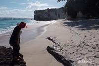 Tebing putih di Watubela, sangat cantik
