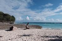 Ini cantiknya pemandangan di Pantai Watubela