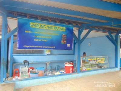 Wisata Kuliner Sate Sepi di Pantai Cimaja, Enak!