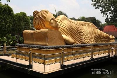 Indonesia Juga Punya Patung Buddha Tidur
