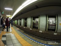 Stasiun kereta yang sangat bersih