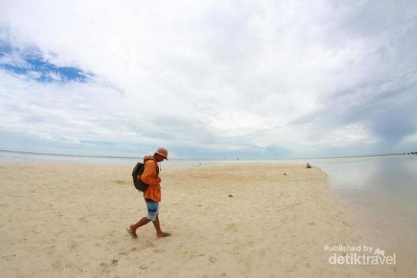Pantai Sanggalau