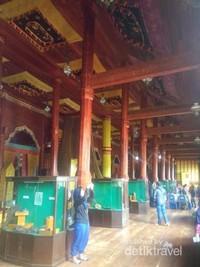 Bagian dalam istana