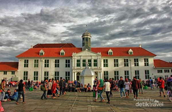Ramainya Kota Tua Jakarta