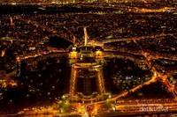 Museum kemaritiman Perancis Usee National de la Marine akan terlihat jika kita berada disebelah timur Menara Eiffel.