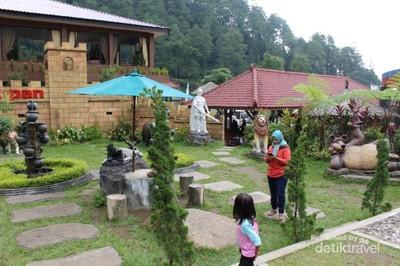 Taman Hantu di Jawa Tengah yang Asyik Buat Selfie
