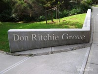 Nama Don Ricthie diabadikan di sini.