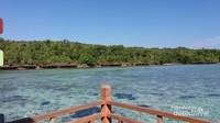 Jernihnya air laut di Pulau Karampuang