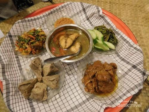 Ini Tempat Wisata Kuliner Jadul Tapi Nikmat di Belitung