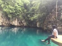 Air biru Danau Biru Kolaka yang berupa air payau