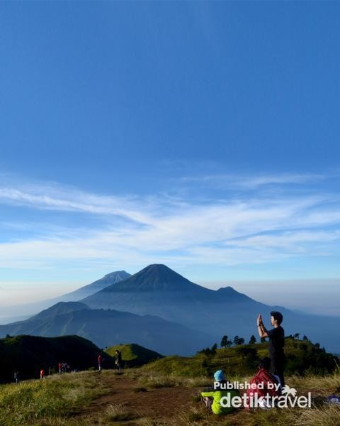 Juara! Cantiknya Gunung Prau di Musim yang Bersahabat