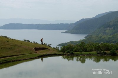 Jangan Bilang Siapa-siapa, Tempat Terbaik Melihat Danau Toba
