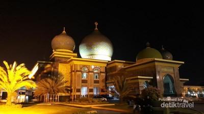 Taj mahal Ala Indonesia di Pekanbaru