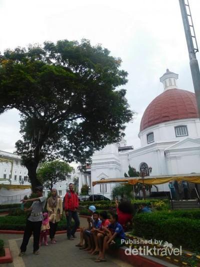 Ini Tempat Wisata Paling Terkenal di Semarang, Coba Tebak?