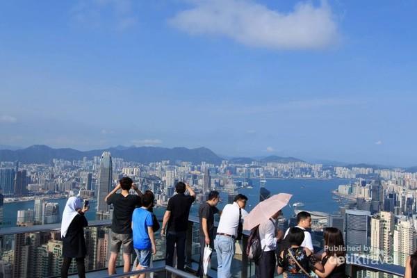 Keindahan Hong Kong dari ketinggian Victoria Peak