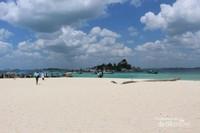 Suasana sekitar pantai Pulau Lengkuas, sungguh indah!