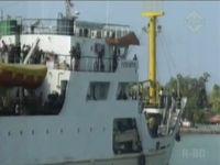 Penumpang Kapal Tujuan Pulau Kangean Membludak