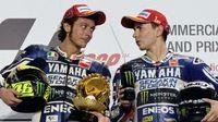 Rossi dan Lorenzo di 2016, Pisah atau Tetap Satu Tim?