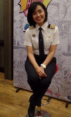 Pengakuan Sarah Widyanti Ketika Diremehkan Sebagai Pilot Wanita Muda