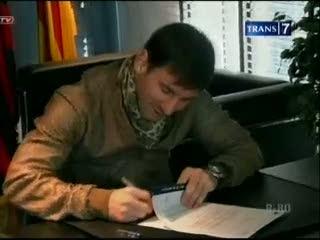 Messi Perpanjang Kontrak