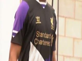 Liverpool Luncurkan Jersey Ketiga