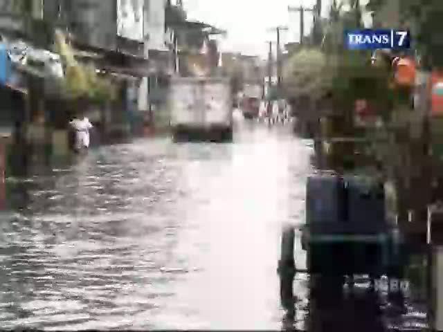 Hujan Sehari, Jakarta Terendam Banjir