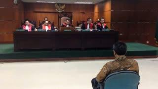 Dinyatakan Korupsi, Fathanah Akan Tuntut Negara Bayar Gaji