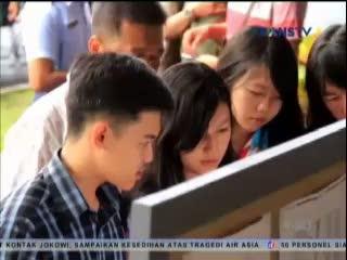 Keluarga Penumpang AirAsia Berdatangan, Petugas Buat Tenda dan Posko