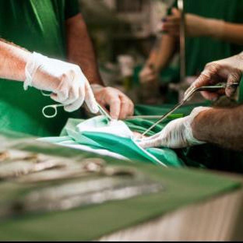 Risiko Hipotiroid Usai Operasi Benjolan di Leher