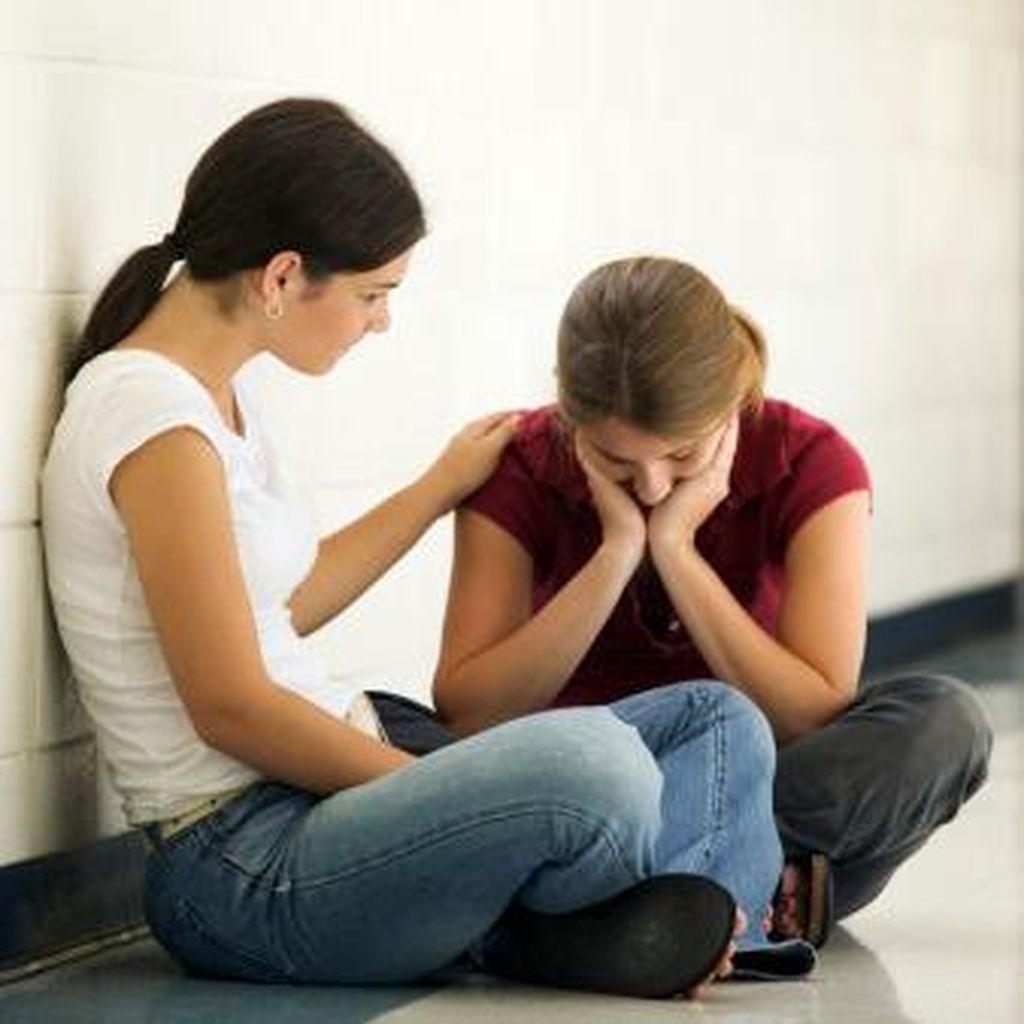 Bagaimana Membantu Orang Mengatasi Depresi? Ikuti 5 Langkah Ini