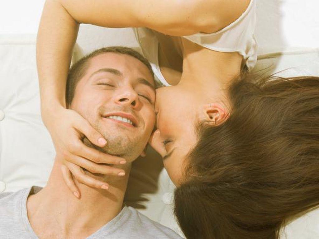 Tips Karier Sukses untuk Kamu yang Menikah: Bercinta di Pagi Hari