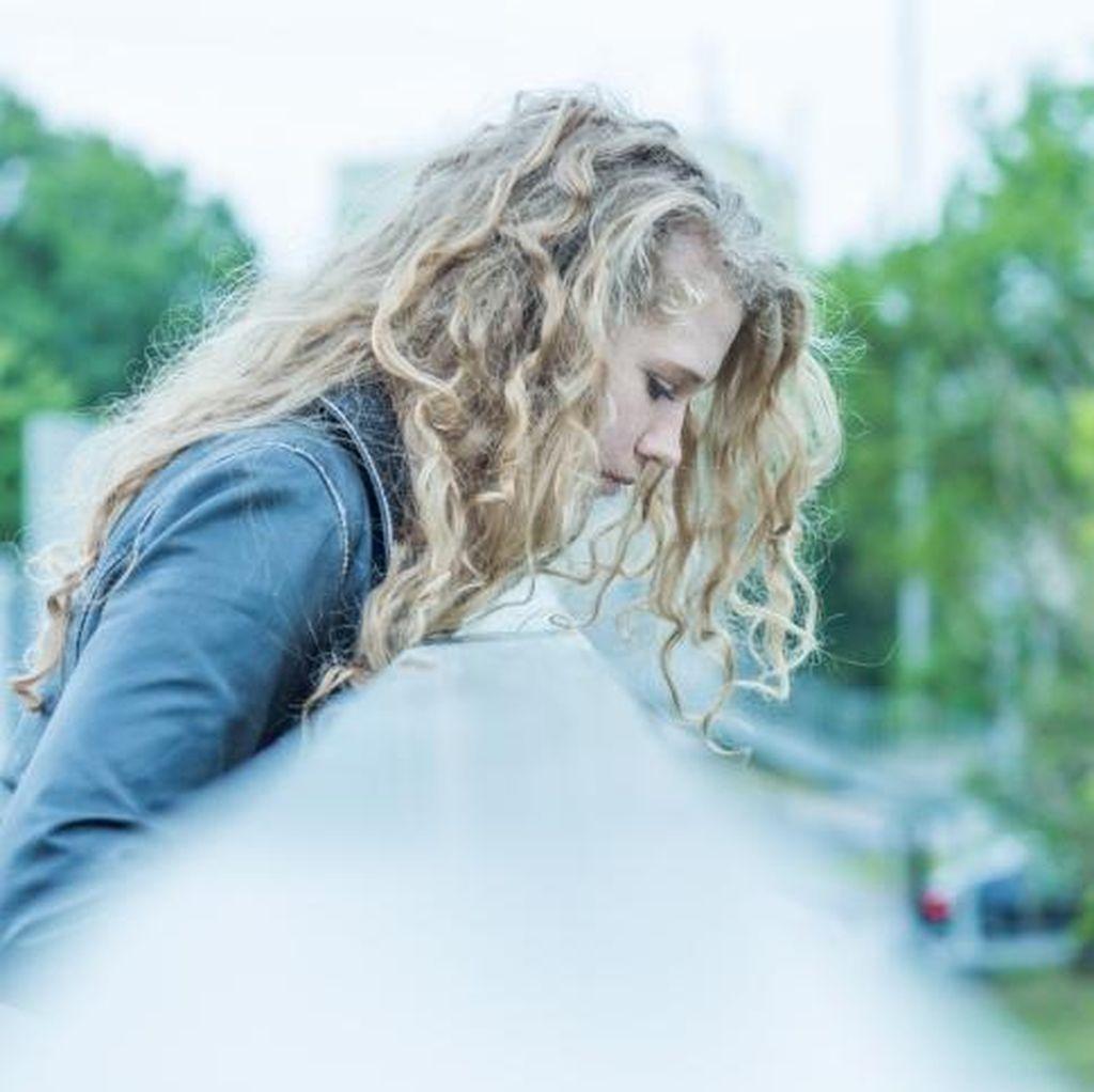 Studi: Perempuan Berisiko Alami Depresi Sejak Usia 12 Tahun