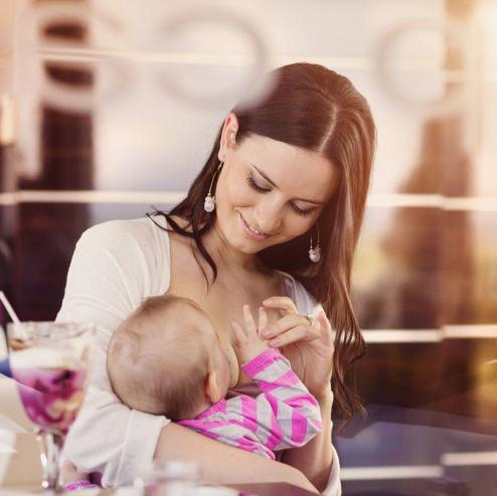 Manfaat Menyusui untuk Ibu dan Bayi: Cegah Pneumonia dan Kanker Payudara