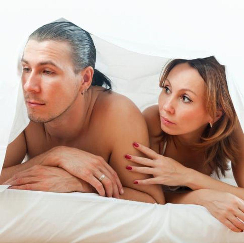 Sudah 10 Bulan Menikah Tapi Belum Pernah Bercinta