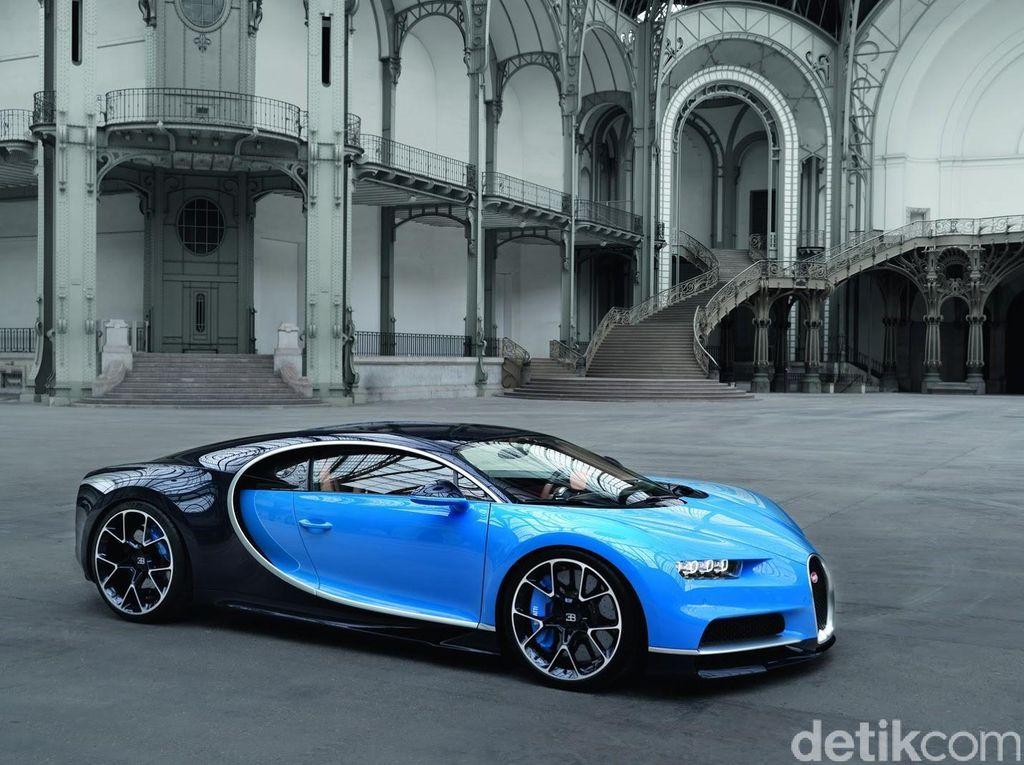 Bugatti Chiron dikatakan menjadi mobil termahal ketujuh di dunia. Dengan banderol USD 2,6 juta, mobil ini cukup fenomenal. Foto: Bugatti
