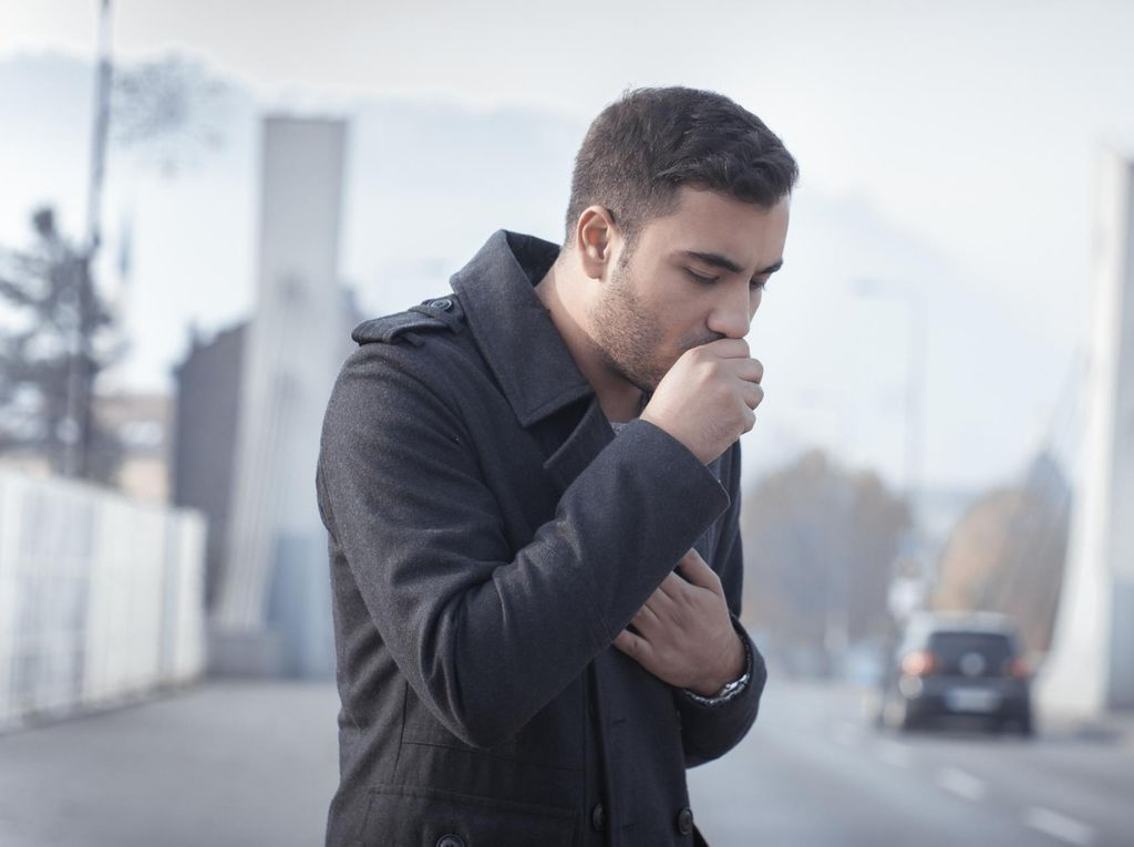 Batuk-batuk Setelah Berhenti Merokok, Apa Sebabnya?