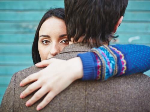 Mempertahankan Suami yang Minta Cerai karena Masalah Keluarga